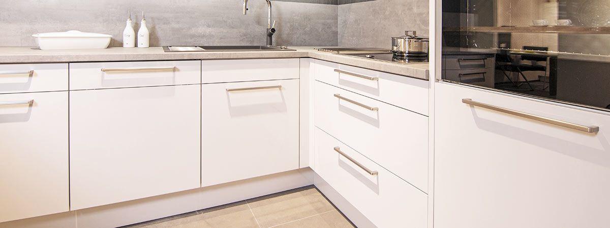 Küchenfronten - Elektroinstallation, Elektrogeräte, Küchen ...