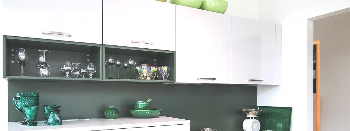 Küchenschränke - Elektroinstallation, Elektrogeräte, Küchen ...